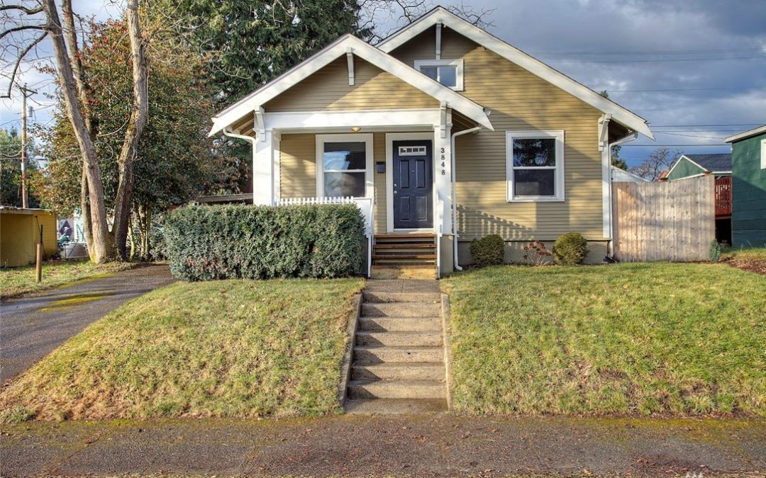 Completely Remodeled 3-Bedroom Craftsman Home w/Fenced Yard in Tacoma