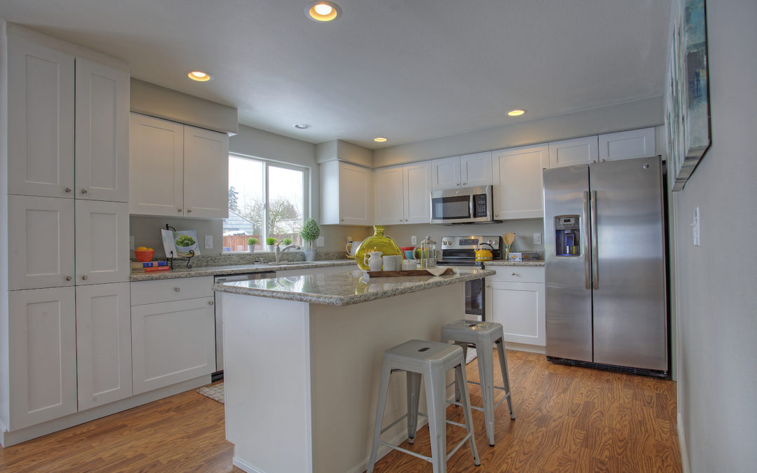 HOT HOME ALERT! Remodeled 4bd 3bath home on 1/2 acre in Tacoma