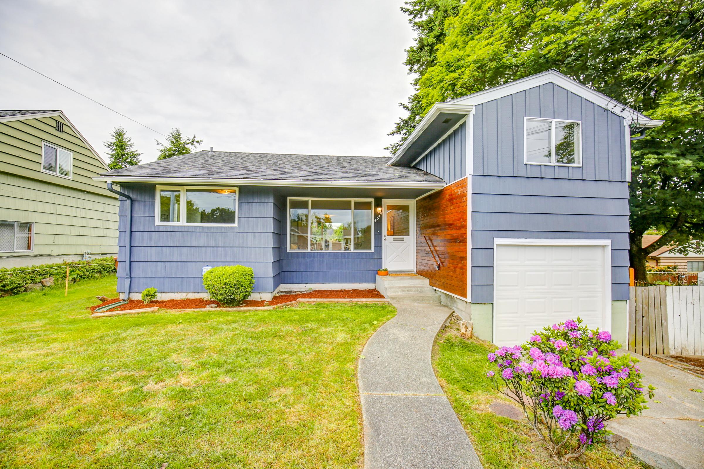 Remodeled north end home for sale under 275k jenny for Remodeled homes for sale