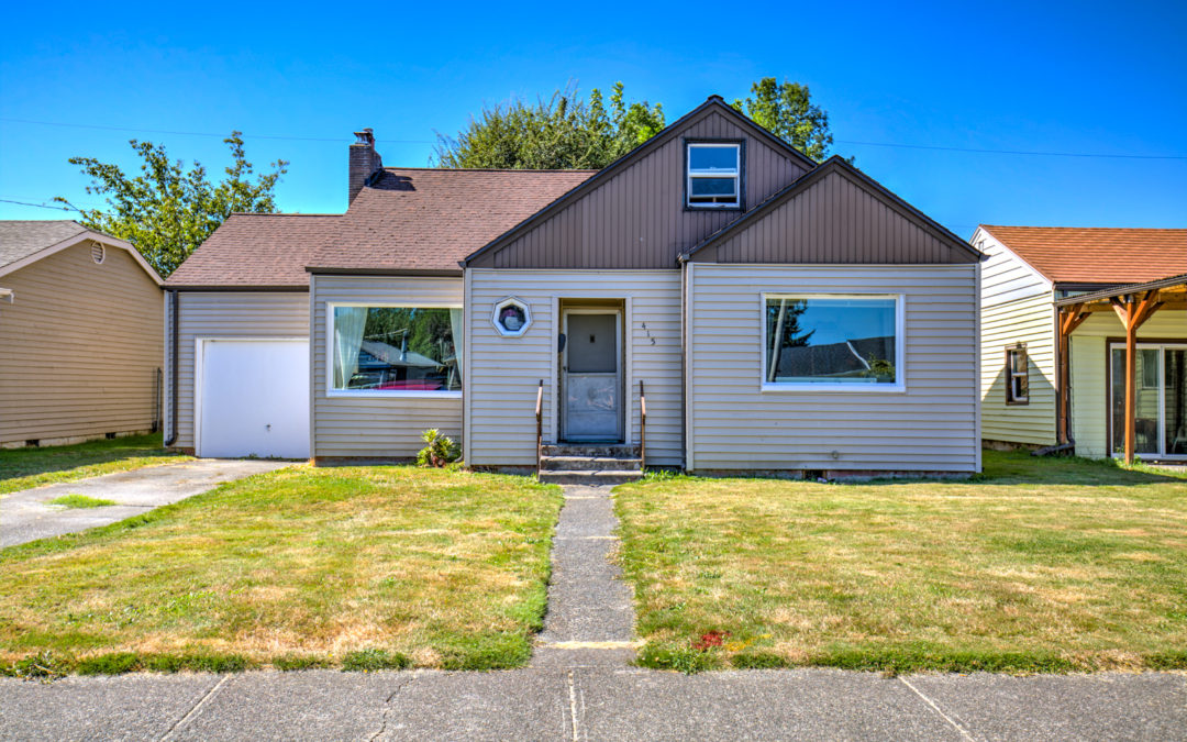 Updated Downtown Auburn Home for under $275k