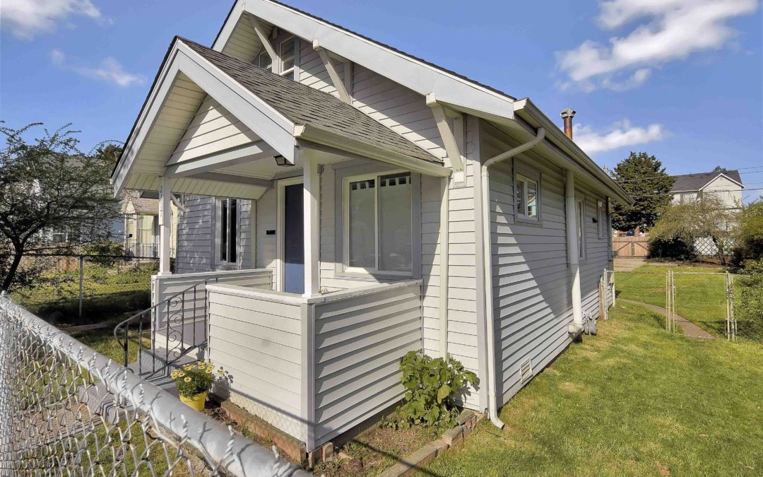 SOLD in 4 days, 25K ABOVE LIST PRICE! HILLTOP, TACOMA, WA