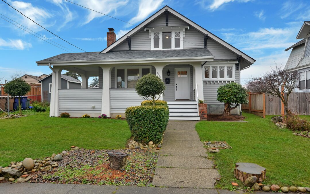 Renovated Bungalow Home – Tacoma, WA