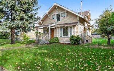 SOLD! Traditional Craftsman Home in Lincoln District