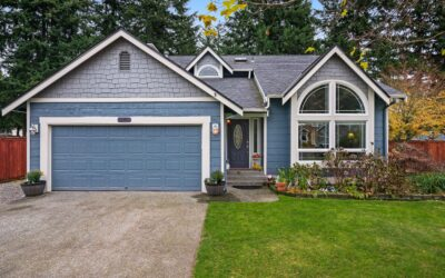 UNDER CONTRACT! Backyard Oasis in Bonney Lake