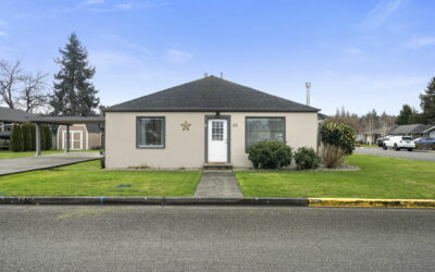 Corner Lot Cottage in Downtown Puyallup – UNDER CONTRACT